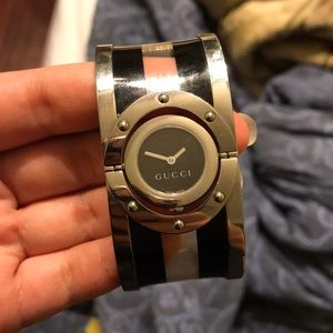 Gucci watch! (Authentic)
